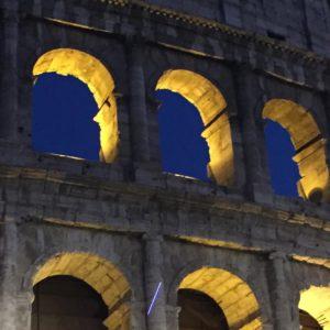 Colosseo night